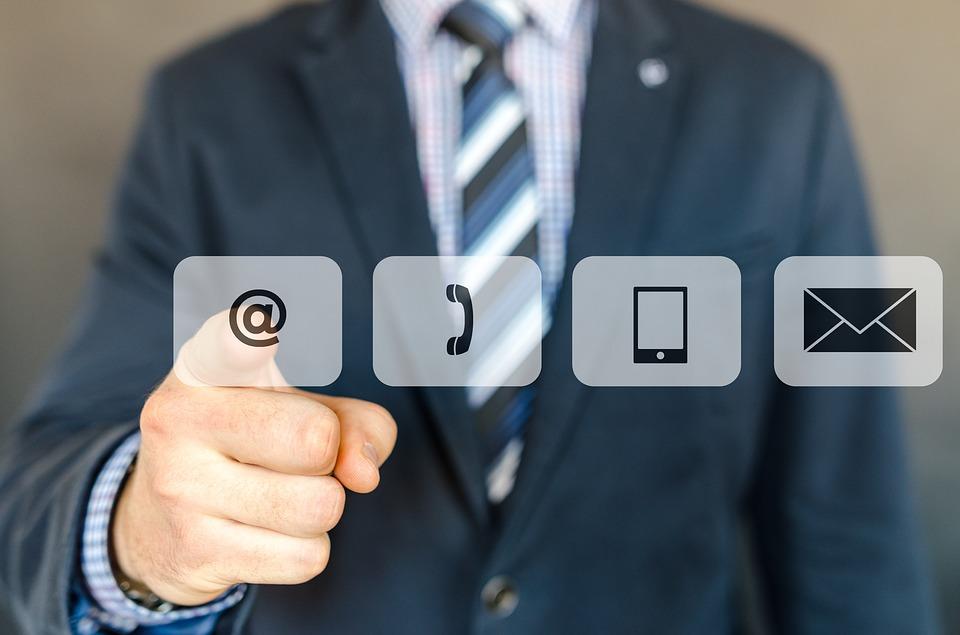 cuanta transferencia mensual de datos se necesita en hosting